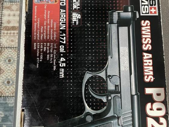 Swiss Arms P92 Beretta CO2 BLOWBACK
